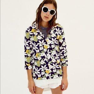 Floral printed mid sleeve shirt.